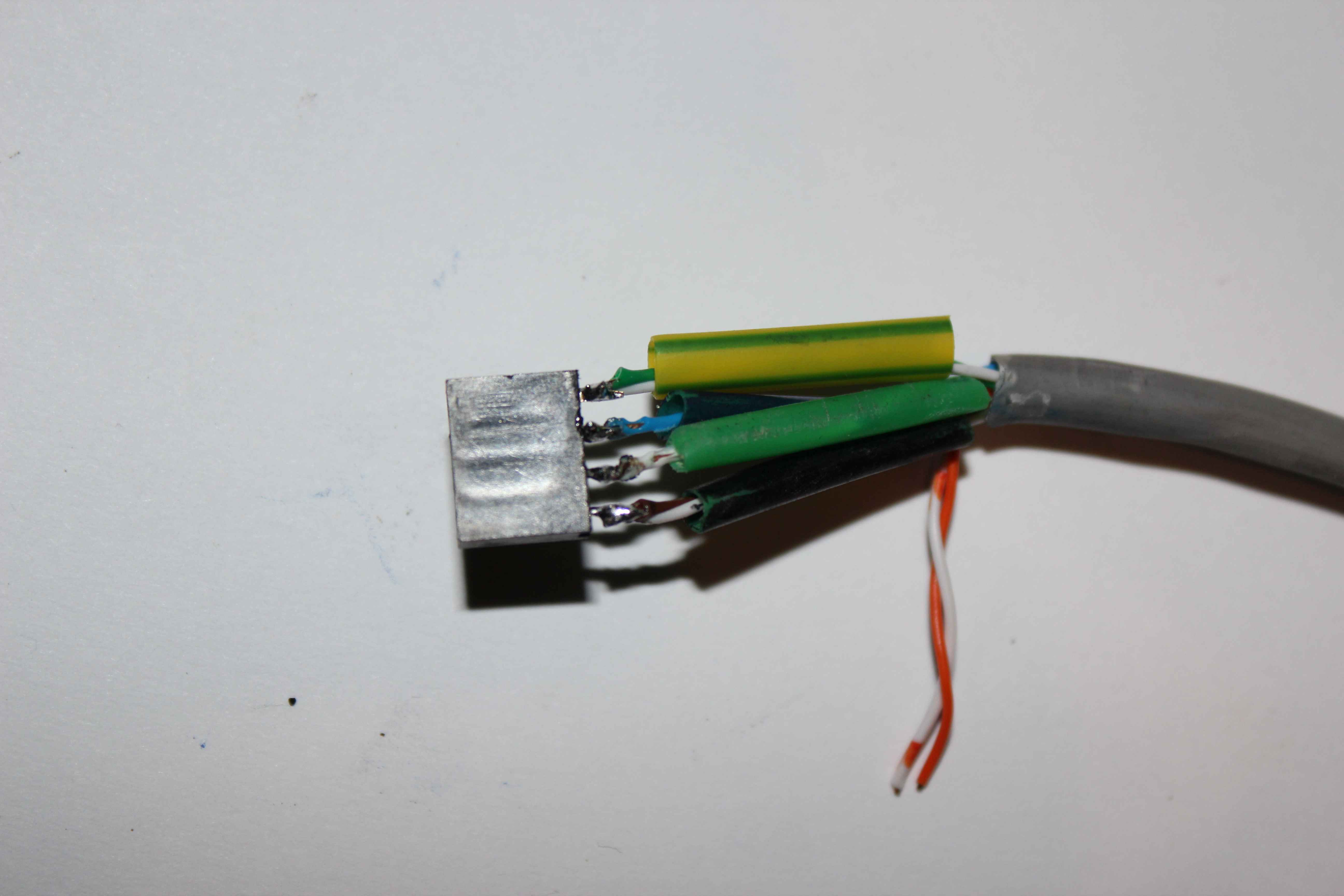 Smart Home eHouse4CAN data bus soldering
